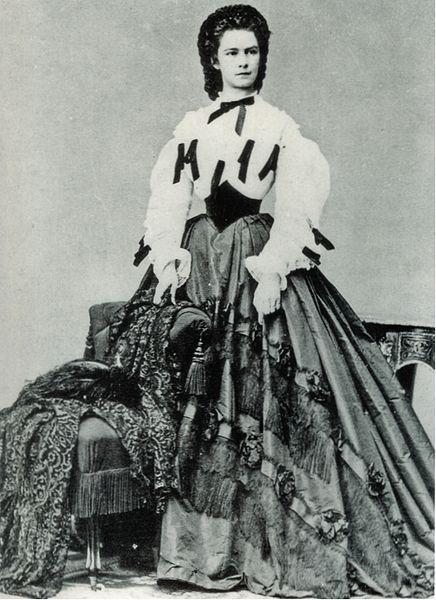 http://commons.wikimedia.org/wiki/File:Kaiserin_Elisabeth_1862.jpg